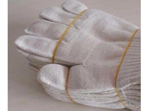 尼龙手套对比棉线手套哪个好? 尼龙手套对比棉线手套分析
