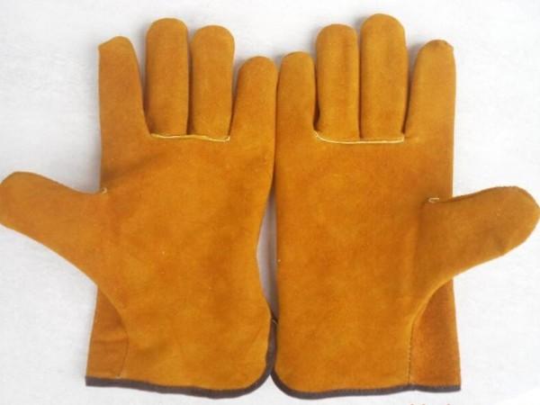 劳保用品采购之焊接手套的分类及使用焊接手套的注意事项