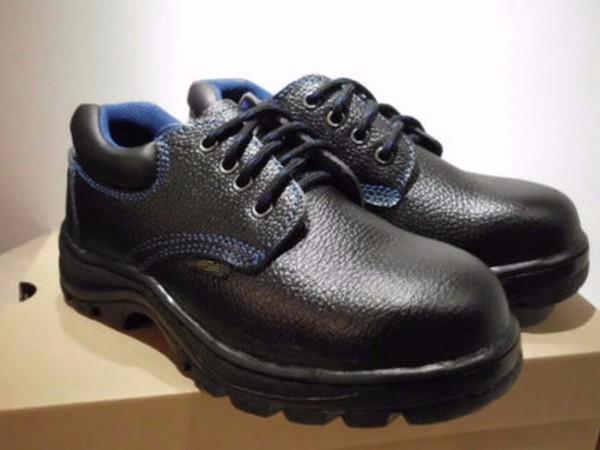 苏州无锡常州企业工厂采购劳保鞋鞋底材质种类有哪些?