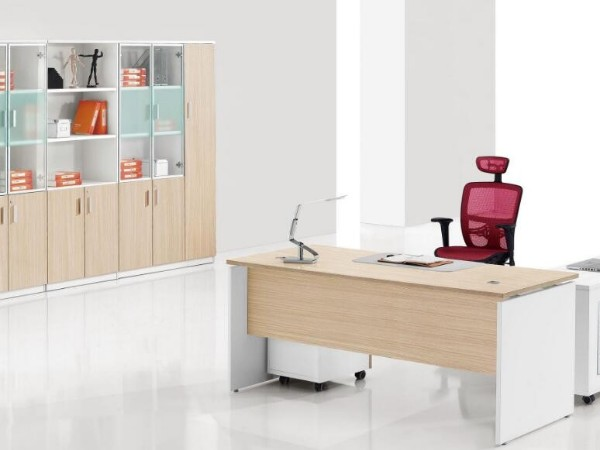 办公家具采购百科知识之企业员工常用的办公桌类型