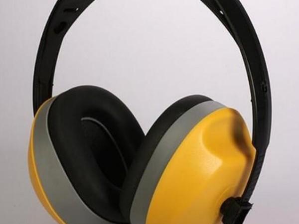 劳保用品采购之头戴式耳罩、挂帽式耳罩、颈带式耳罩的佩戴使用方法