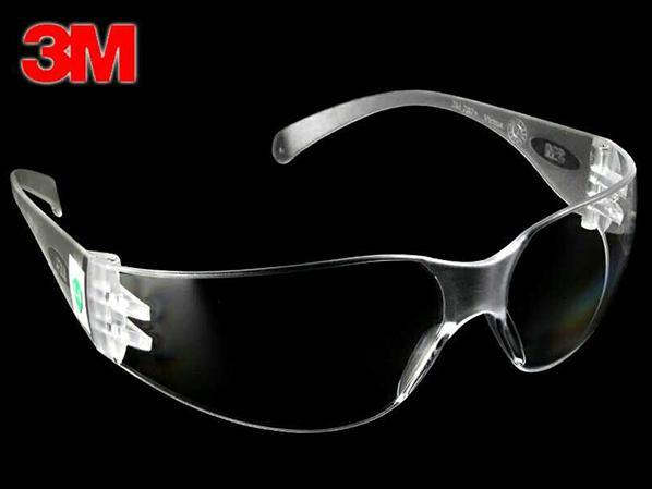 3M防护眼镜